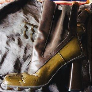 🐘Miu Miu Lug Sole Boots Sz 38🐘